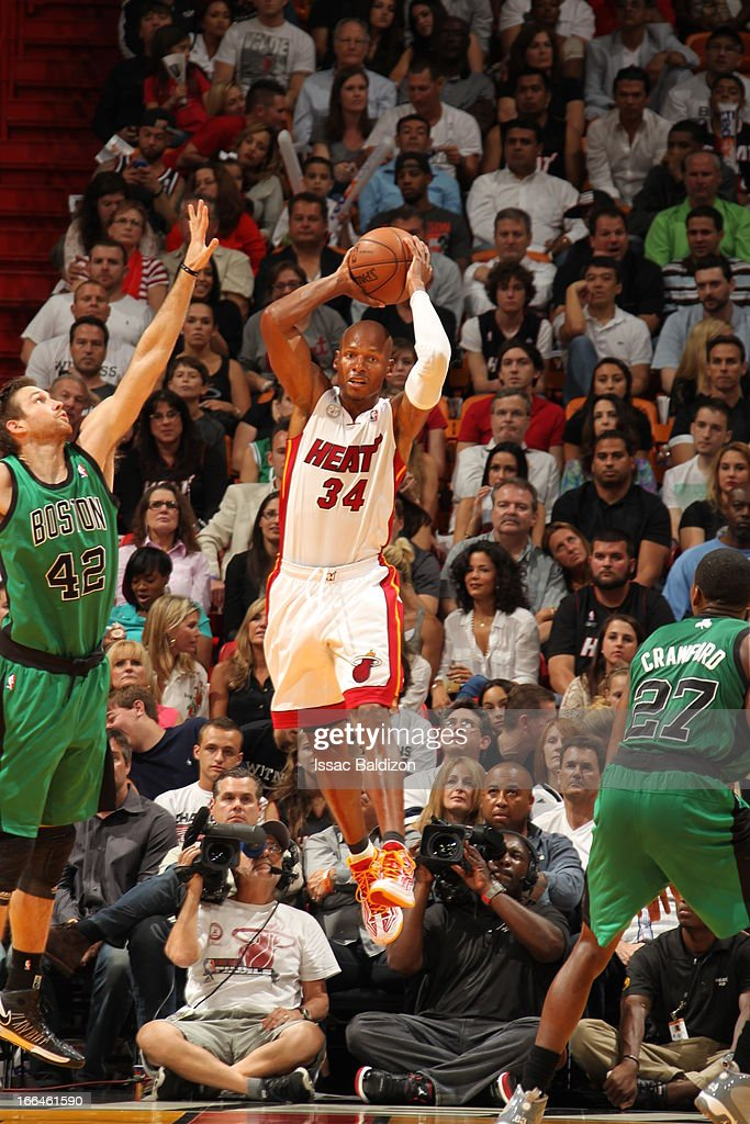 <a gi-track='captionPersonalityLinkClicked' href=/galleries/search?phrase=Ray+Allen&family=editorial&specificpeople=201511 ng-click='$event.stopPropagation()'>Ray Allen</a> #34 of the Miami Heat looks to pass the ball against <a gi-track='captionPersonalityLinkClicked' href=/galleries/search?phrase=Shavlik+Randolph&family=editorial&specificpeople=210678 ng-click='$event.stopPropagation()'>Shavlik Randolph</a> #42 of the Boston Celtics on April 12, 2013 at American Airlines Arena in Miami, Florida.