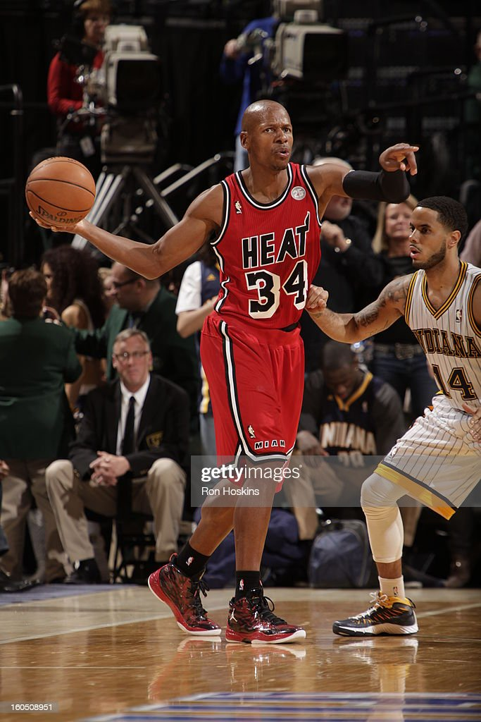 <a gi-track='captionPersonalityLinkClicked' href=/galleries/search?phrase=Ray+Allen&family=editorial&specificpeople=201511 ng-click='$event.stopPropagation()'>Ray Allen</a> #34 of the Miami Heat points to fellow teamates against <a gi-track='captionPersonalityLinkClicked' href=/galleries/search?phrase=D.J.+Augustin&family=editorial&specificpeople=3847521 ng-click='$event.stopPropagation()'>D.J. Augustin</a> #14 of the Indiana Pacers on February 1, 2013 at Bankers Life Fieldhouse in Indianapolis, Indiana.