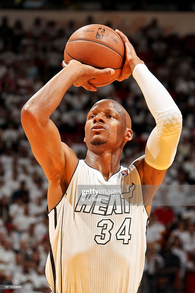 <a gi-track='captionPersonalityLinkClicked' href=/galleries/search?phrase=Ray+Allen&family=editorial&specificpeople=201511 ng-click='$event.stopPropagation()'>Ray Allen</a> #34 of the Miami Heat shoots a free-throw against the Milwaukee Bucks in Game Two of the Eastern Conference Quarterfinals during the 2013 NBA Playoffs on April 23, 2013 at American Airlines Arena in Miami, Florida.