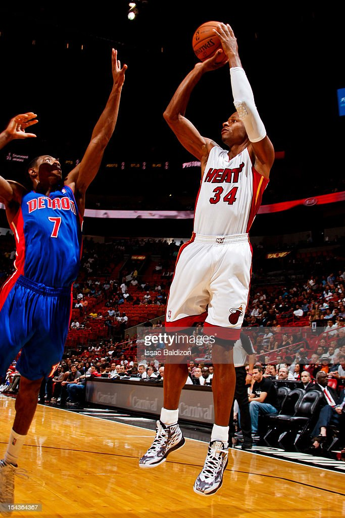 <a gi-track='captionPersonalityLinkClicked' href=/galleries/search?phrase=Ray+Allen&family=editorial&specificpeople=201511 ng-click='$event.stopPropagation()'>Ray Allen</a> #34 of the Miami Heat shoots against Brandon Knight #7 of the Detroit Pistons during a pre-season game on October 18, 2012 at American Airlines Arena in Miami, Florida.
