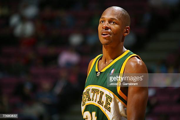 shawn kemp vs ray allen Bio on ray allen although ray allen and shawn kemp have both influenced ray went to a university and shawn went to a community college and didn.