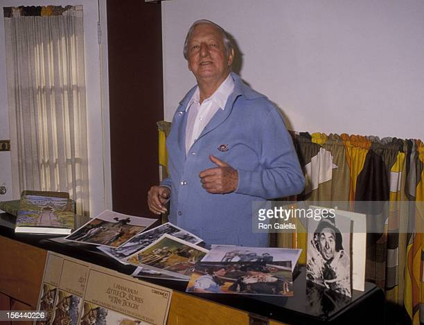 Ray Bolger attends Exclusive Photo Session on December 18 1985 at his home in Beverly Hills California