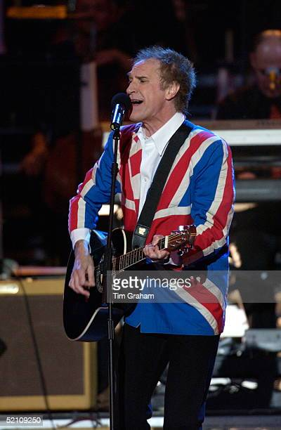 Ray Davies Of The Kinks Performing At 'party At The Palace' A Unique Pop Concert Held In The Grounds Of Buckingham Palace For 12500 Guests