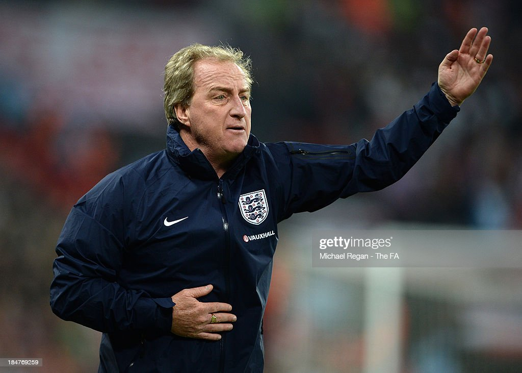 <a gi-track='captionPersonalityLinkClicked' href=/galleries/search?phrase=Ray+Lewington&family=editorial&specificpeople=224730 ng-click='$event.stopPropagation()'>Ray Lewington</a> the England assistant manager directs his players during the FIFA 2014 World Cup Qualifying Group H match between England and Poland at Wembley Stadium on October 15, 2013 in London, England.