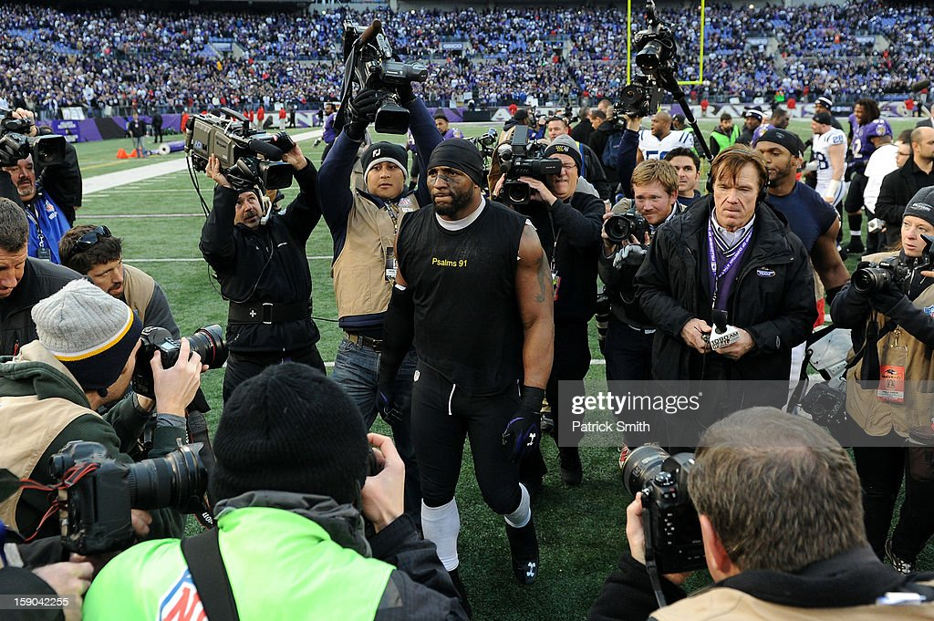 Ray Lewis #52 of the Baltimore Ravens walks around the field after the Ravens won 24-9 against the Indianapolis Colts during the AFC Wild Card Playoff Game at M&T Bank Stadium on January 6, 2013 in Baltimore, Maryland.