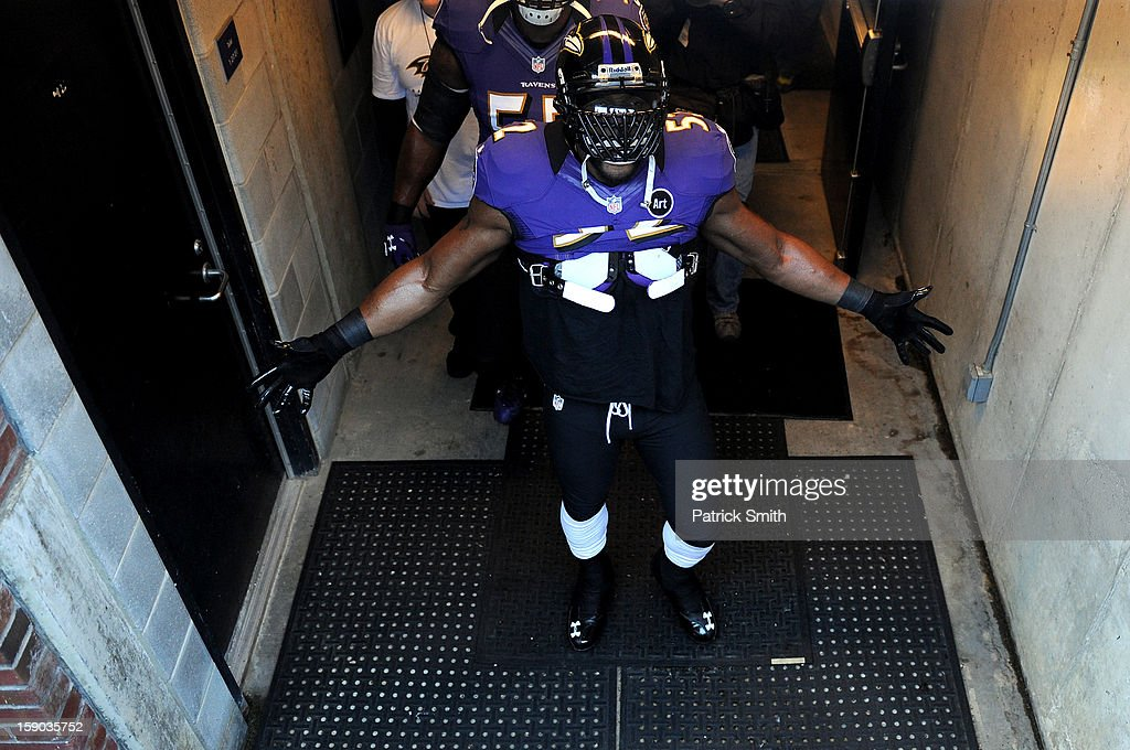 Ray Lewis #52 of the Baltimore Ravens walks out of the locker room to the field against the Indianapolis Colts during the AFC Wild Card Playoff Game at M&T Bank Stadium on January 6, 2013 in Baltimore, Maryland.