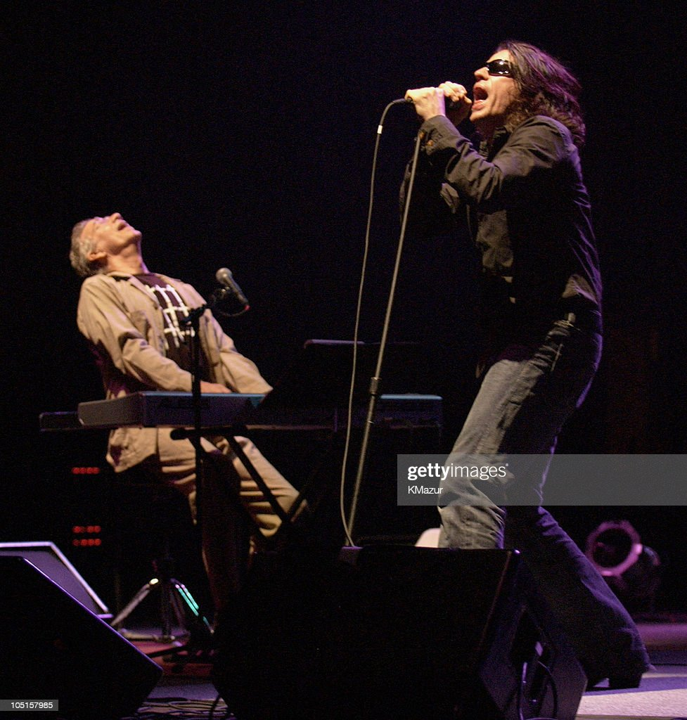The Doors of the 21st Century in Concert at Jones Beach on August 24, 2003