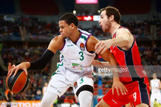Ray McCallum #3 of Unicaja Malaga competes with Marcelinho Huertas #9 of Baskonia Vitoria Gasteiz during the 2017/2018 Turkish Airlines EuroLeague...