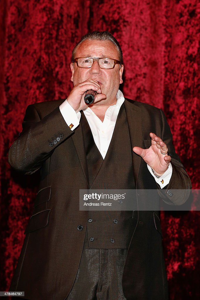 <a gi-track='captionPersonalityLinkClicked' href=/galleries/search?phrase=Ray+Winstone&family=editorial&specificpeople=215084 ng-click='$event.stopPropagation()'>Ray Winstone</a> attends the premiere of Paramount Pictures' 'NOAH' at Zoo Palast on March 13, 2014 in Berlin, Germany.