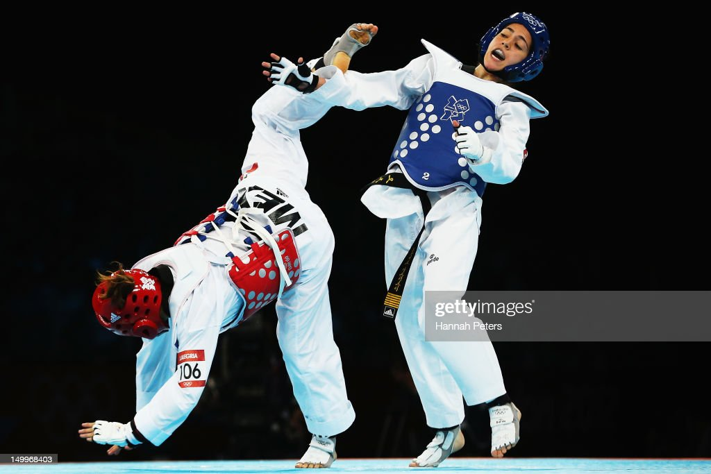 Raya Hatahet of Jordan competes against Jannet Alegria Pena of Mexico during the Women 49kg Preliminary Round Taekwondo on Day 12 of the London 2012...