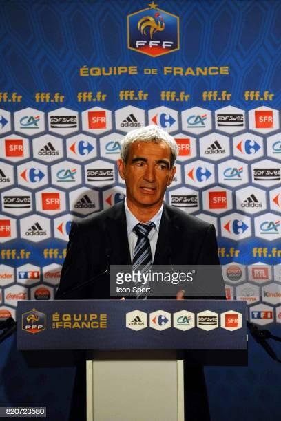 Raymond DOMENECH Liste des 30 joueurs pour la coupe du Monde 2010 TF1 Paris