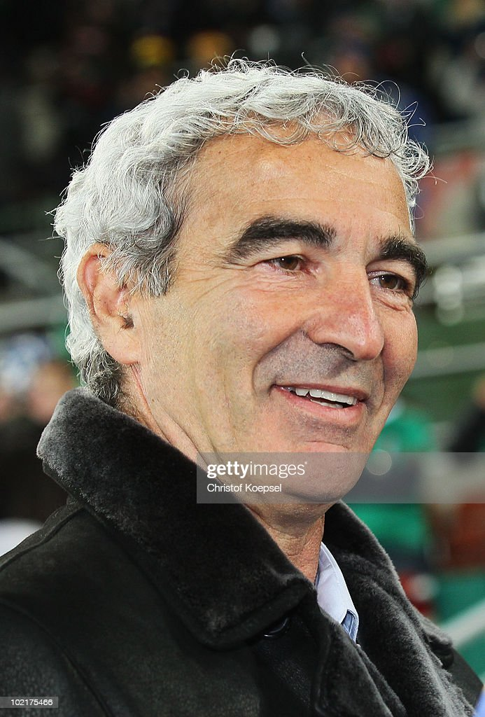 <a gi-track='captionPersonalityLinkClicked' href=/galleries/search?phrase=Raymond+Domenech&family=editorial&specificpeople=497446 ng-click='$event.stopPropagation()'>Raymond Domenech</a> head coach of France smiles ahead of the 2010 FIFA World Cup South Africa Group A match between France and Mexico at the Peter Mokaba Stadium on June 17, 2010 in Polokwane, South Africa.