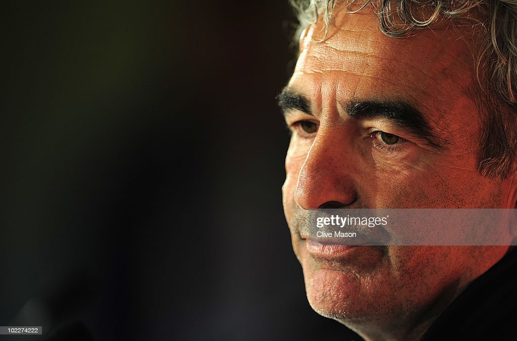 <a gi-track='captionPersonalityLinkClicked' href=/galleries/search?phrase=Raymond+Domenech&family=editorial&specificpeople=497446 ng-click='$event.stopPropagation()'>Raymond Domenech</a> of France speaks during a press conference at the Free State Stadium on June 21, 2010 in Bloemfontein, South Africa.