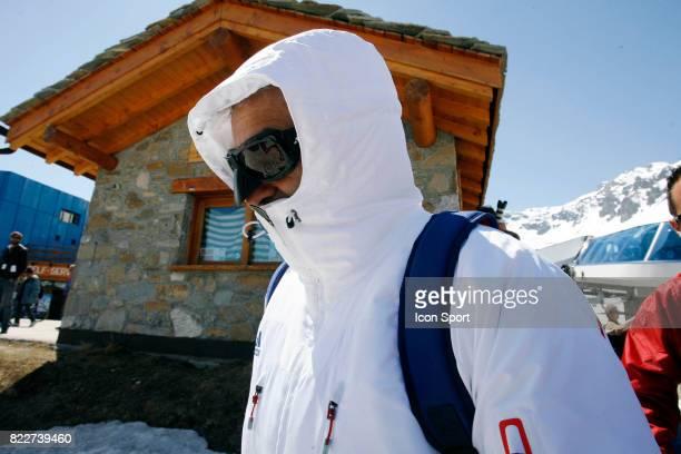 Raymond DOMENECH Retour du Glacier Stage de l'Equipe de France avant la Coupe du Monde 2010 Tignes France