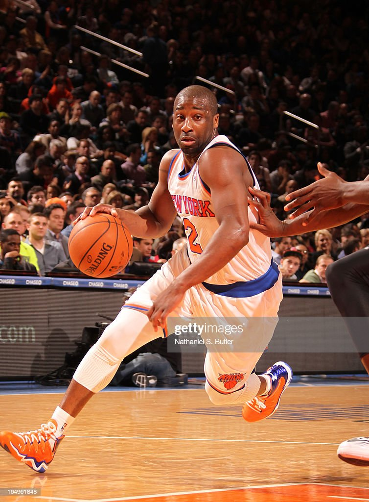 Raymond Felton #2 of the New York Knicks drives to the basket against the Charlotte Bobcats on March 29, 2013 at Madison Square Garden in New York City.