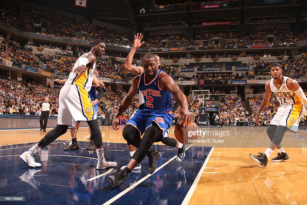 <a gi-track='captionPersonalityLinkClicked' href=/galleries/search?phrase=Raymond+Felton&family=editorial&specificpeople=209141 ng-click='$event.stopPropagation()'>Raymond Felton</a> #2 of the New York Knicks drives to the basket against the Indiana Pacers in Game Four of the Eastern Conference Semifinals during the 2013 NBA Playoffs on May 14, 2013 at Bankers Life Fieldhouse in Indianapolis.