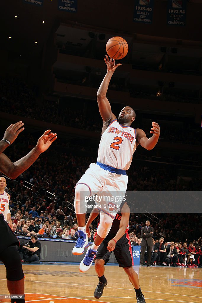 Raymond Felton #2 of the New York Knicks shoots while playing against the Toronto Raptors on March 23, 2013 at Madison Square Garden in New York City.