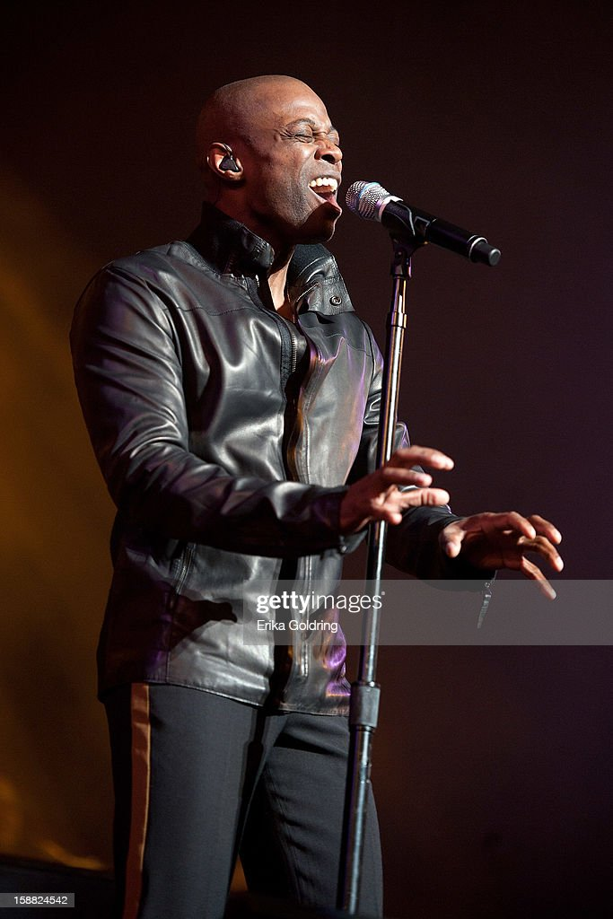 R&B/soul singer KEM performs at Mahalia Jackson Theater on December 30, 2012 in New Orleans, Louisiana.