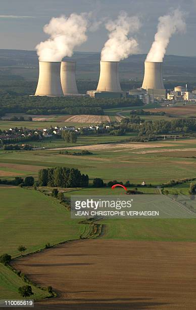 Reactor's cooling towers are seen at the Cattenom nuclear power plant on August 31 2006 eastern France AFP PHOTO JEANCHRISTOPHE VERHAEGEN