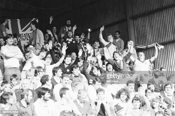 Reading 10 Bolton league division three match at Elm Park Saturday 5th October 1985 11 league wins in a row Bolton Fans