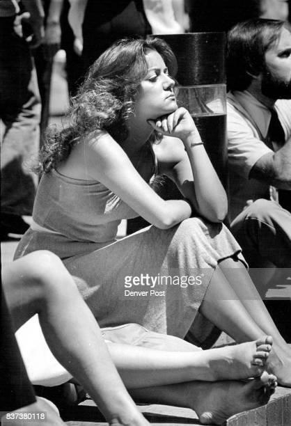 JUL 1 1981 JUL 2 1981 Reading on 16th Street Mall Credit Denver Post