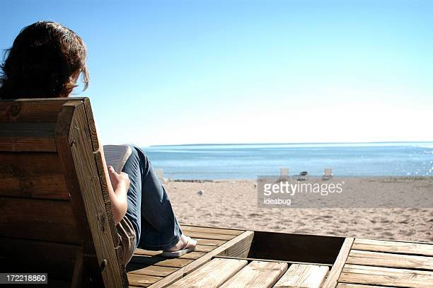 Lettura sulla spiaggia