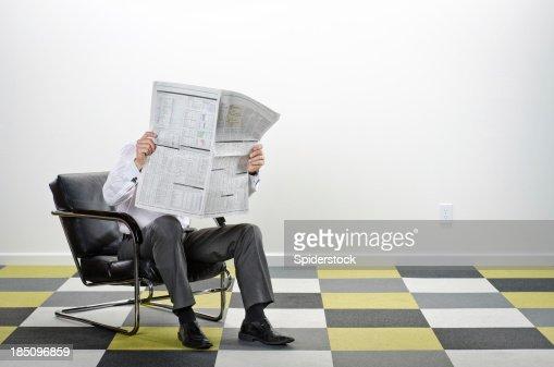 Sillon de lectura fotograf as e im genes de stock getty - Sillon de lectura ...