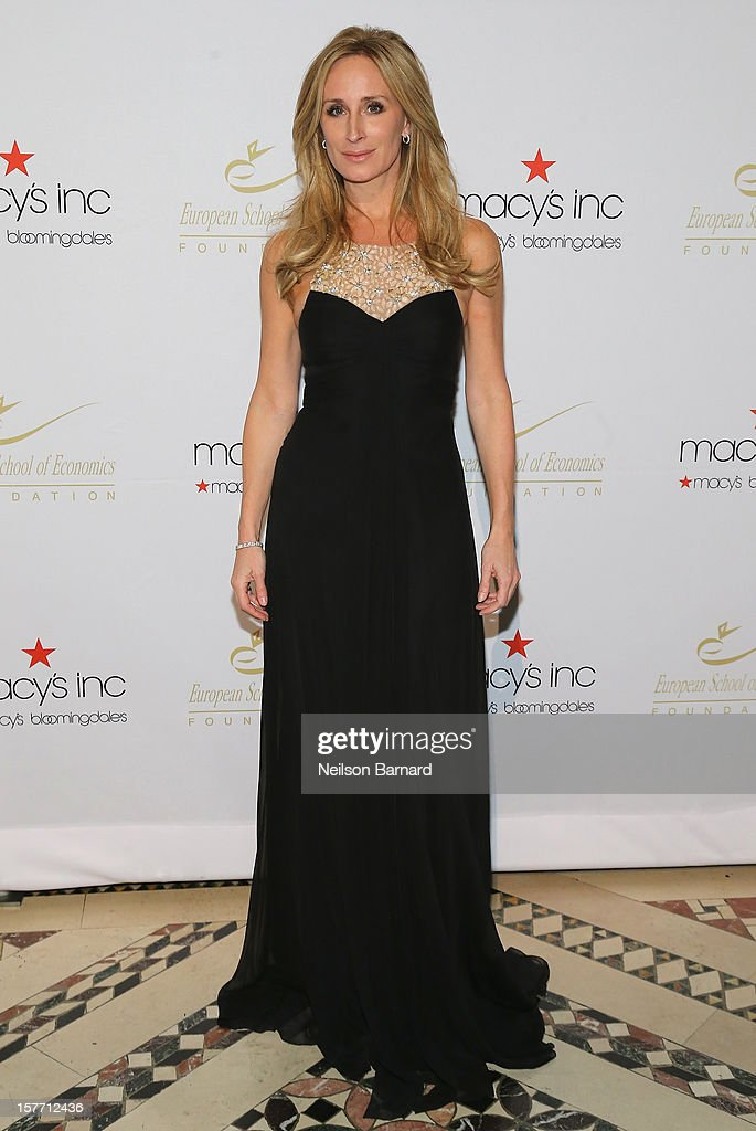 Real Housewife Sonja Morgan attends European School Of Economics Foundation Vision And Reality Awards on December 5, 2012 in New York City.