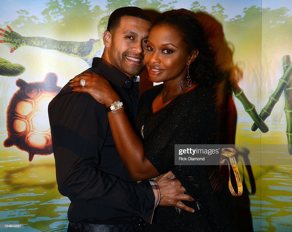 'Real Housewives of Atlanta' cast member <a gi-track='captionPersonalityLinkClicked' href=/galleries/search?phrase=Phaedra+Parks&family=editorial&specificpeople=4191319 ng-click='$event.stopPropagation()'>Phaedra Parks</a> (right) and <a gi-track='captionPersonalityLinkClicked' href=/galleries/search?phrase=Apollo+Nida&family=editorial&specificpeople=7397722 ng-click='$event.stopPropagation()'>Apollo Nida</a> attend Cirque du Soleil TOTEM Premiere at Atlantic Station on October 26, 2012 in Atlanta, Georgia.