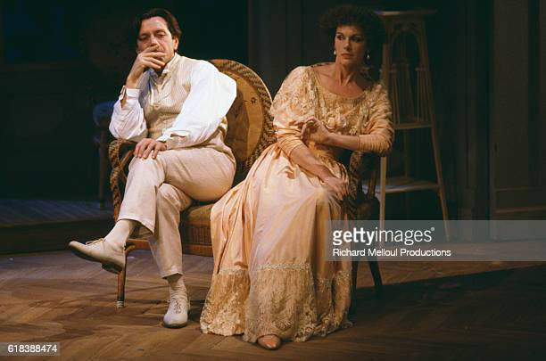 Real life husband and wife team Bernard Giraudeau and Anny Duperey star in the stage play Le Plaisir de Rompre by Jules Renard The French actors are...