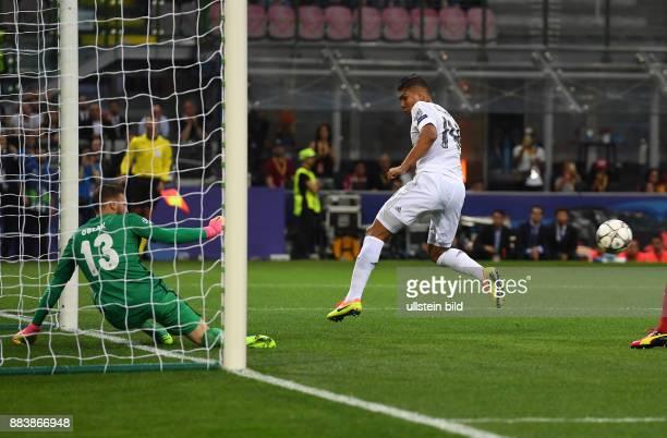 FUSSBALL CHAMPIONS Real Madrid Atletico Madrid Casemiro scheitert an Torwart Jan Oblak