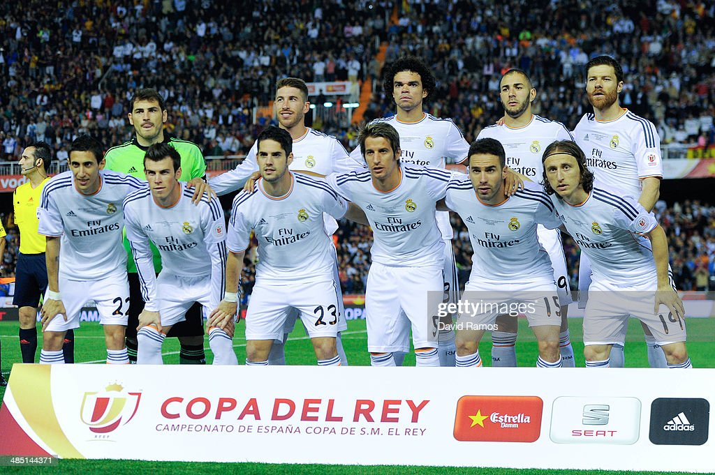 Real Madrid CF players pose for a team picture prior to the Copa del Rey Final between Real Madrid and FC Barcelona at Estadio Mestalla on April 16, 2014 in Valencia, Spain.