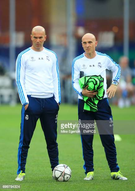 Real Madrid coach Zinedine Zidane and assistant coach David Bettoni