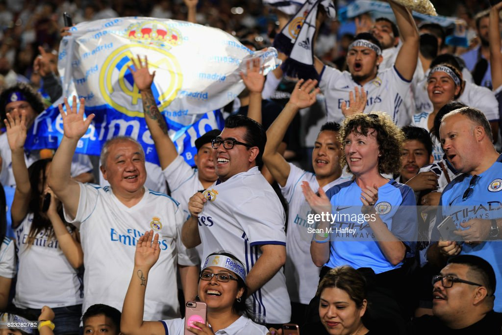 Image result for city v real madrid LA coliseum fans