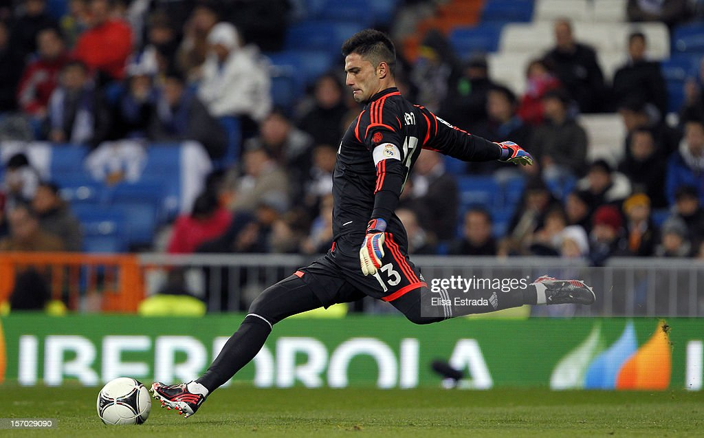 Real Madrid goalkeeper Antonio Adan in action during the round of last 16 Copa del Rey second leg match between Real Madrid and CD Alcoyano at Estadio Santiago Bernabeu on November 27, 2012 in Madrid, Spain.