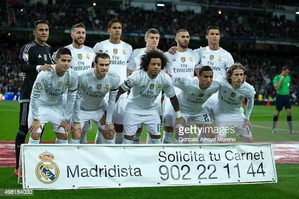 Real Madrid line up prior to start the La Liga match between Real Madrid CF and FC Barcelona at Estadio Santiago Bernabeu on November 21 2015 in...