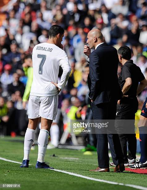 Real Madrid manager Zinedine Zidane had a word with Cristiano Ronaldo of Real Madrid during the La Liga match between Real Madrid and Eibar at...