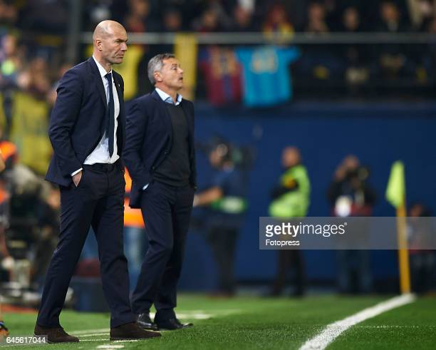 Real Madrid manager Zinedine Zidane looks on during the La Liga match between Villarreal CF and Real Madrid at Estadio de la Ceramica on February 26...