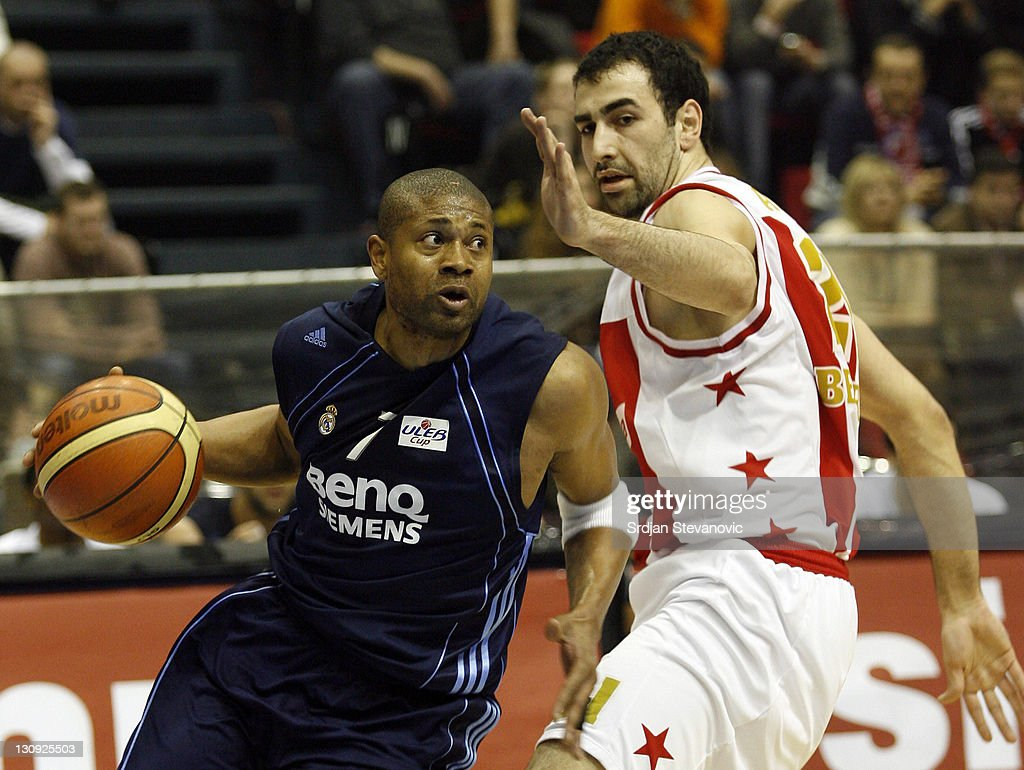 Real Madrid player Charles Smith left passing by Pero Antic right from Red Star Belgrade during their quarter final ULEB Cup basketball match in...