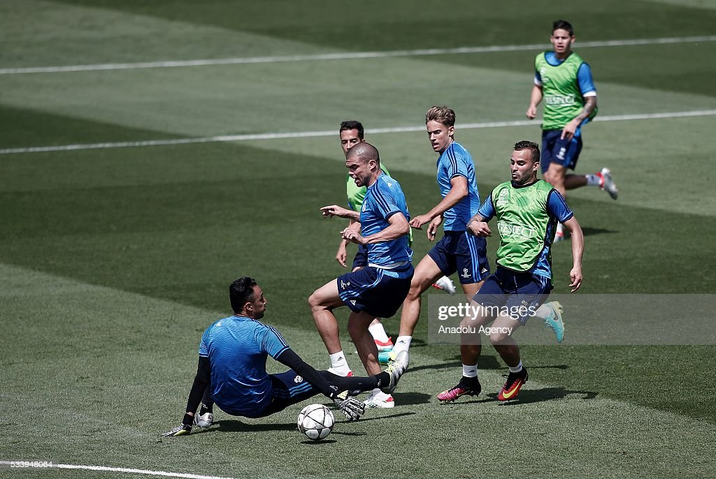 Real Madrid players are seen during the team's training session at the Valdebebas's sports complex in Madrid, Spain on May 24, 2016. Real Madrid will face Atletico Madrid in the 2016 UEFA Champions League final at Guiseppe Meazza stadium in Milan, Italy on May 28, 2016.