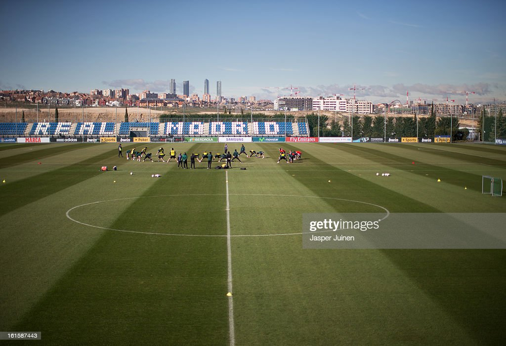 Real Madrid players excercise during a training session ahead of the UEFA Champions League match between Real Madrid CF and Manchester United at the Valdebebas training ground on February 12, 2013 in Madrid, Spain.