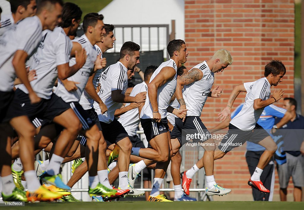 Real Madrid players exercise during a training session at UCLA Campus on July 29, 2013 in Los Angeles, California.