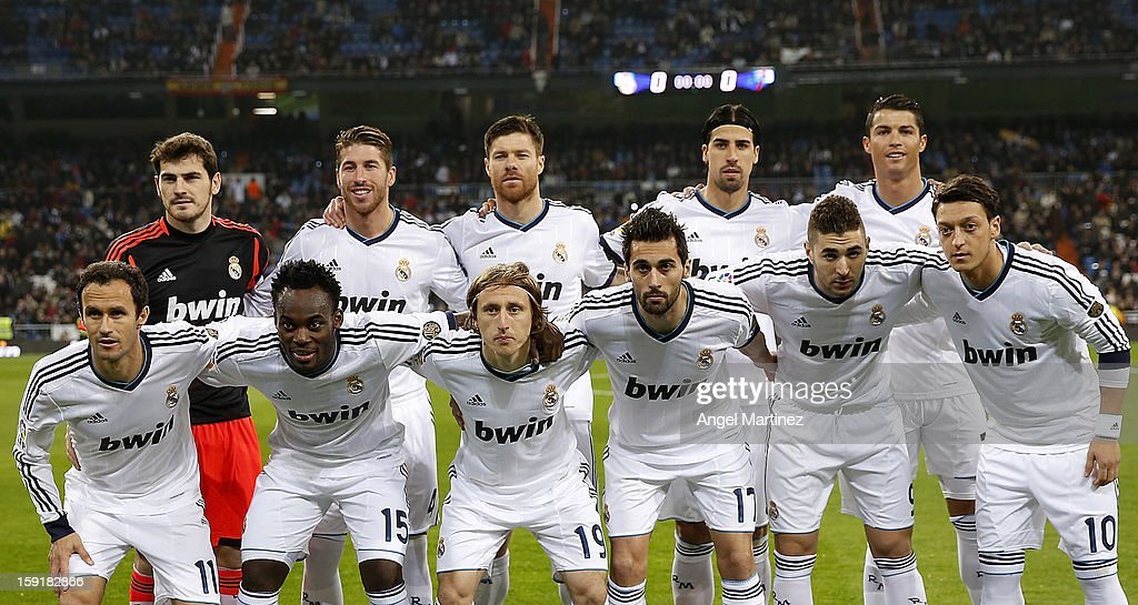 Real Madrid team line up before the Copa del Rey round of 16 second leg match between Real Madrid and Celta de Vigo at Estadio Santiago Bernabeu on January 9, 2013 in Madrid, Spain.