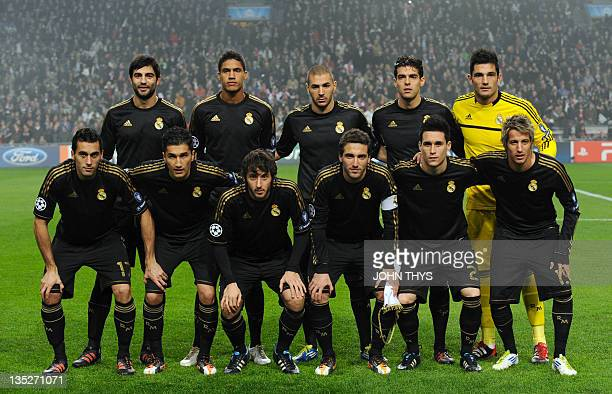 Real Madrid team players pose before the UEFA Champions League Group E football match between Ajax and Real Madrid at the Amsterdam Arena stadium on...