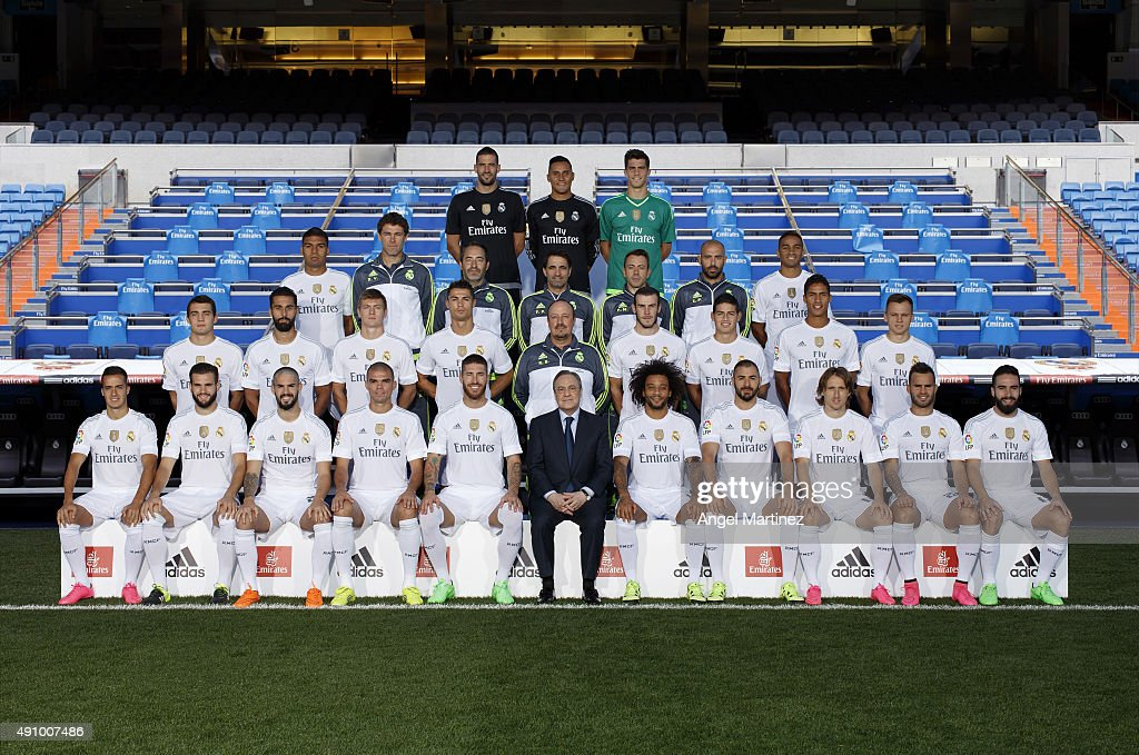 Hilo del Real Madrid Real-madrid-team-pose-during-the-official-portrait-photocall-at-on-picture-id491007486