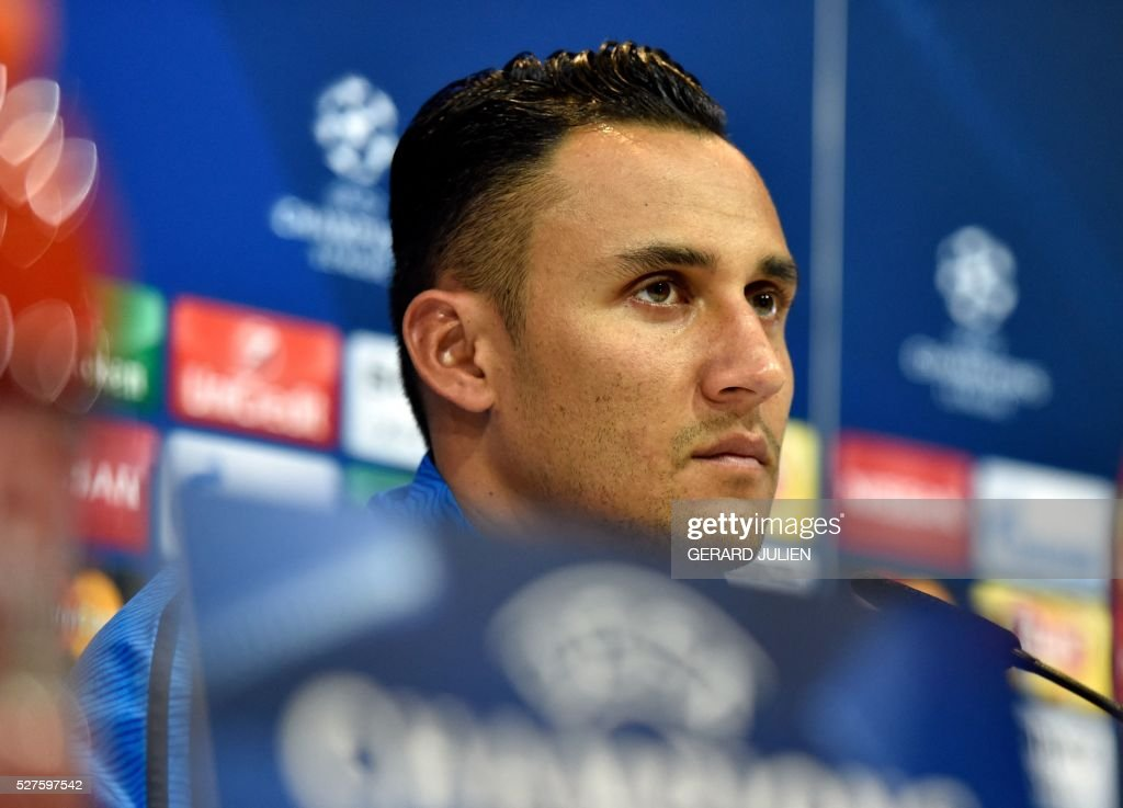 Real Madrid's Costa Rican goalkeeper Keylor Navas looks on during a press conference at Valdebebas training ground in Madrid on May 3, 2016, on the eve of the UEFA Champions League semi-final second leg football match between Real Madrid CF and Manchester City. / AFP / GERARD