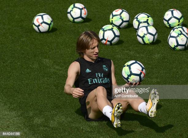 Real Madrid's Croatian midfielder Luka Modric attends a training session at Valdebebas Sport City in Madrid on September 8 2017 on the eve of a Liga...