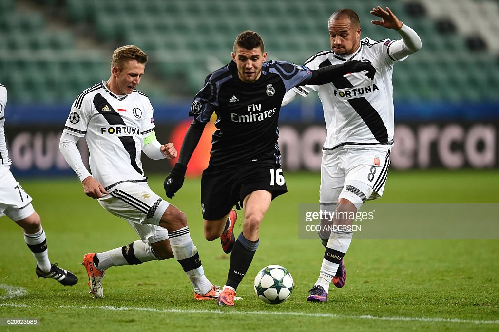 FBL-EUR-C1-LEGIA-WARSAW-REALMADRID : News Photo