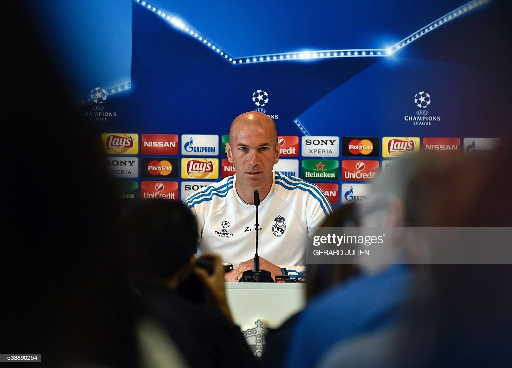 Real Madrid's French coach Zinedine Zidane addresses journalists during a press conference on the club's Open Media Day at Real Madrid sport city in Madrid on May 24, 2016. / AFP / GERARD