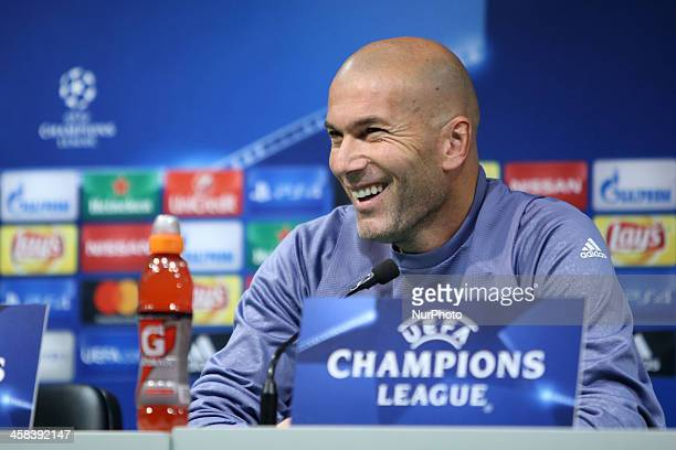 Real Madrid's head coach Zinedine Zidane attends a press conference at the Alvalade stadium in Lisbon Portugal on November 21 on the eve of their...